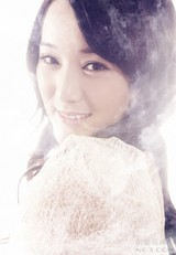 龙梅子写真图片