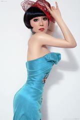 王菲菲(歌手)写真图片