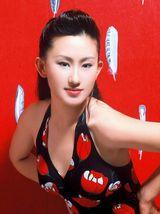 张丹露写真图片