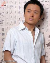 吴健写真图片