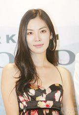 金素妍写真图片