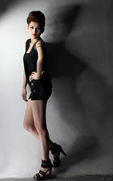 邵雨涵展示图片性感[5/6]高清性感:邵雨涵组图陈研希性感写真身材图片